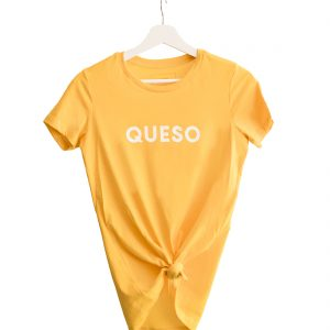 Queso Tee tied