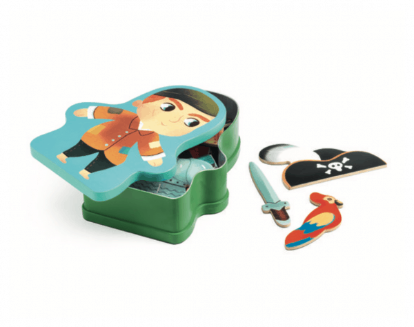 djeco pirate magnetic box game open