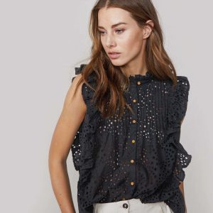 Blouse with Embroidery by Summum Woman