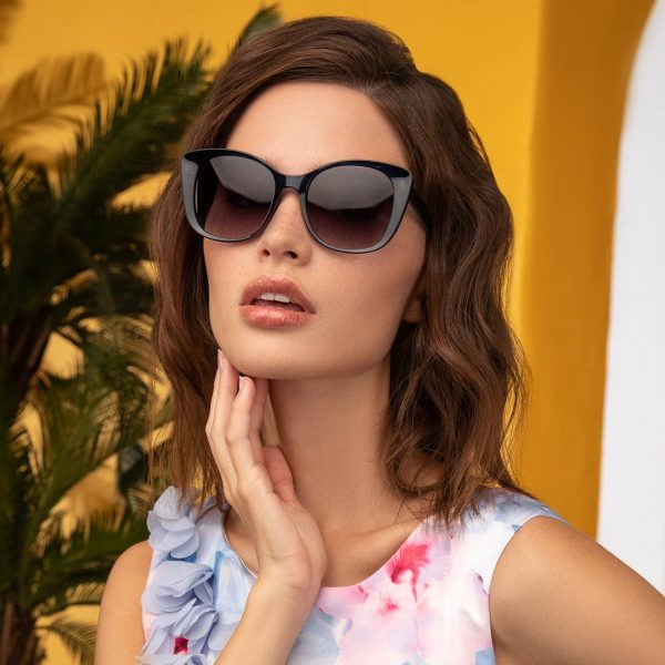 Blue Honey Sunglasses on Model