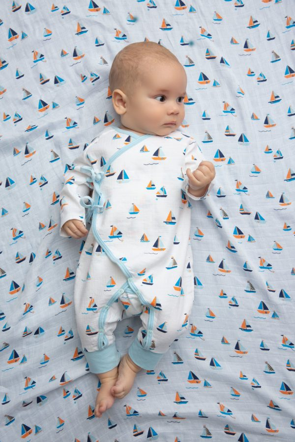 Angel Dear Simple Boats on Baby