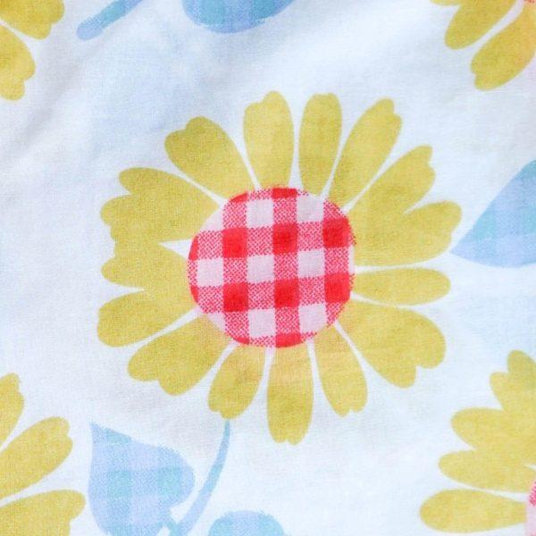 Gingham Flowers Pattern