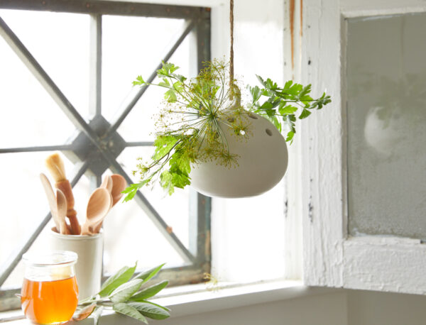 Ceramic Hanging Flower Frog Vase Lifestyle
